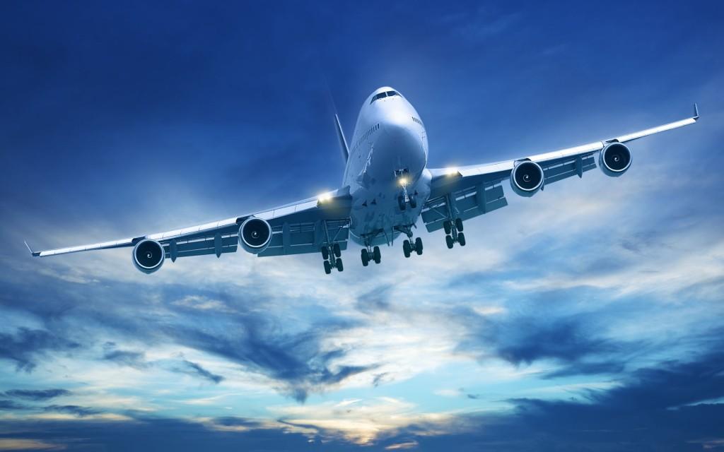 Blue-Sky-And-aeroplane-Wallpaper